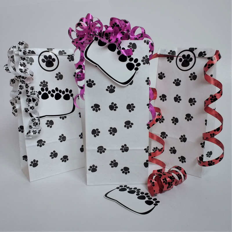 Paw print party bags