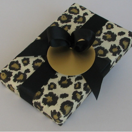 Gold leopard gift pack