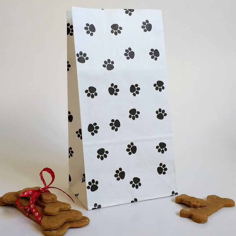 Paw print curling ribbon